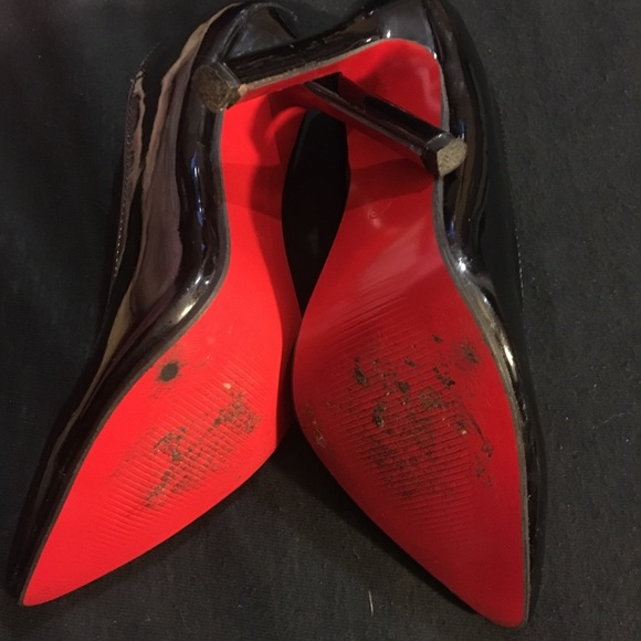 Shoes - Shinny black pumps